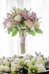 Булчински букет в лилаво, декорация на сватбена агенция Приказен ден, сватбен агент Мариела Уилсън
