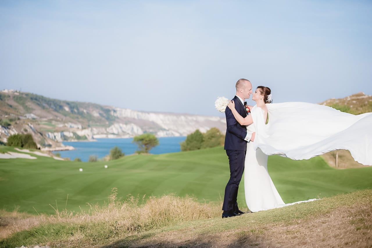 сватба голф игрище Тракийски скали, декорация на сватбена агенция Приказен ден, сватбен агент Мариела Уилсън