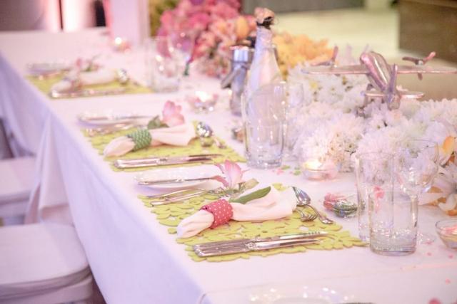 детайли на украса за масата на младоженците, декорация на сватбена агенция Приказен ден, сватбен агент Мариела Уилсън