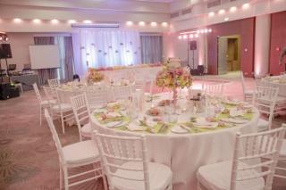 декорация на сватба, сватба в хотел Хилтън София, декорация на сватбена агенция Приказен ден, сватбен агент Мариела Уилсън
