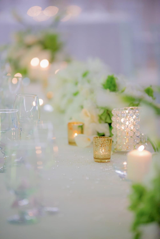 елементи на сватбена украса, свещи на сватбени маси, декорация на сватбена агенция Приказен ден, сватбен агент Мариела Уилсън