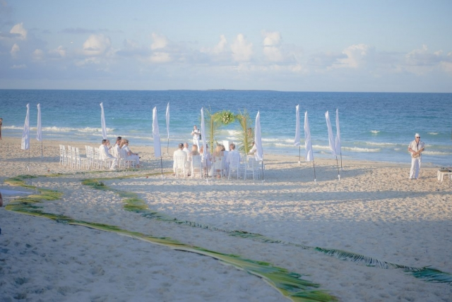 морска сватба, сватба на плажа, сватба на брега на морето, сватба на залез слънце, декорация на сватбена агенция Приказен ден, сватбен агент Мариела Уилсън