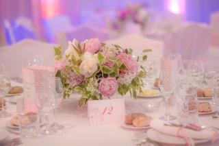 сватба в хотел Балкан Шератън София , декорация на сватбена агенция Приказен ден, сватбен агент Мариела Уилсън
