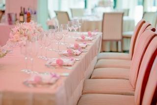 сватба в розово, декорация на сватбена агенция Приказен ден, сватбен агент Мариела Уилсън