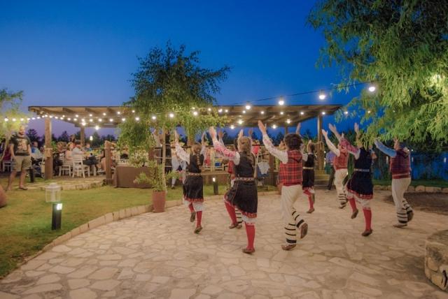сватбена народна програма на сватба в Блексий Рама Балчик, декорация на сватбена агенция Приказен ден, сватбен агент Мариела Уилсън