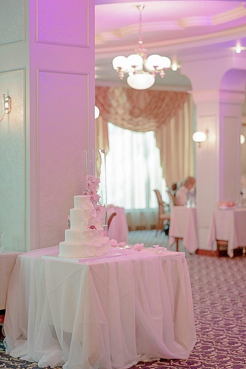 , декорация на сватбена агенция Приказен ден, сватбен агент Мариела Уилсън