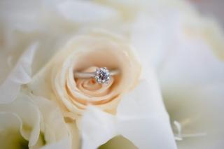 сватбени халки, диамантен годежен пръстен, платина и диаманти, диамантен сватбен пръстен, диаманти, декорация на сватбена агенция Приказен ден, сватбен агент Мариела Уилсън